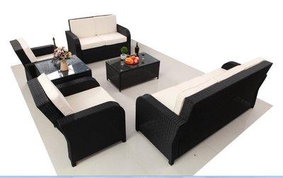 EVEN5088, loungeset. Zwart vlechtwerk en wit/creme kleurige kussens